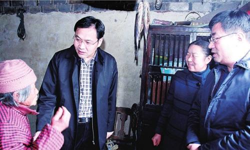"""刘志明到广陵镇开展""""大走访大落实""""活动"""