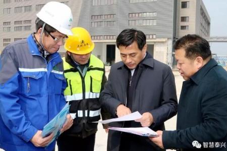 张育林督查项目复工企业复产及安全环保工作