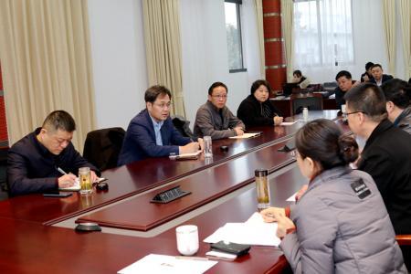 刘志明张坤检查指导疫情防控工作并看望慰问坚守一线工作人员