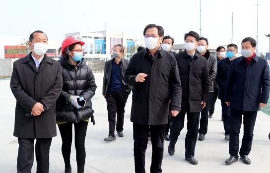 刘志明调研黄桥经济开发区时要求——疫情防控一丝不松 特色发展发力加力 改革创新积极主动