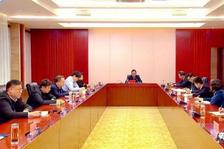 张坤参加市政府办公室主题党日活动 推动市委市政府决策部署高效优质落实到位