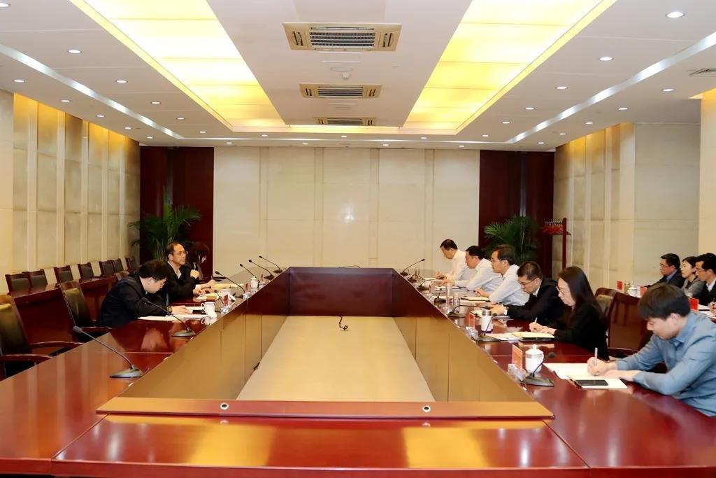 省委党史学习教育第三巡回指导组来泰指导